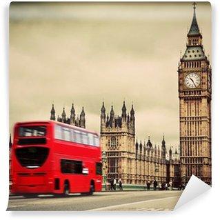 Vinylová Fototapeta Londýn, Velká Británie. Červený autobus v pohybu a Big Ben