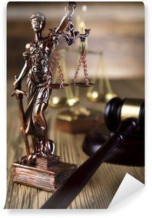 Fototapeta Winylowa Mallet, kodeks prawny i skale sprawiedliwości
