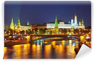 Vinylová Fototapeta Moskevský Kreml a Moskva řeka v noci. Rusko