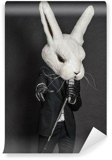 Vinylová Fototapeta Muž v masce králíka. černý oblek zpívat na tmavém pozadí