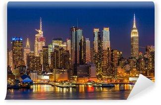 Fototapeta Winylowa New York City Midtown Manhattan budynki skyline noc