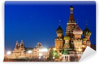 Vinylová Fototapeta Noční pohled na Rudé náměstí a Vasila Blaženého katedrála v Moskvě
