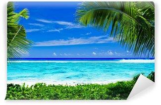 Vinylová Fototapeta Opuštěné tropické pláže orámované palmami