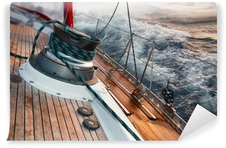 Vinylová Fototapeta Plachetnice v bouři, detail na navijáku