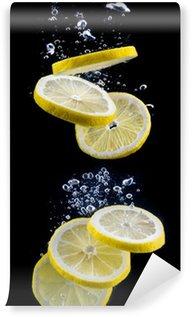 Vinylová Fototapeta Plátek citronu ve vodě