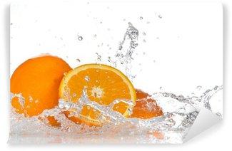 Vinylová Fototapeta Pomeranče se stříkající vodou