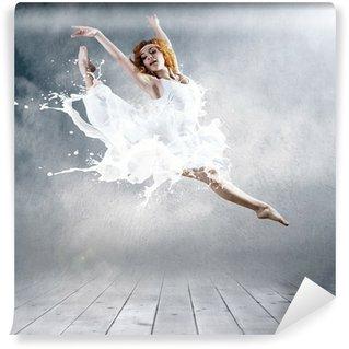 Vinylová Fototapeta Přejít na balerína s šaty mléka
