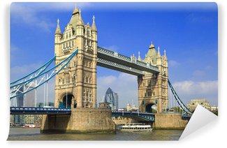 Vinylová Fototapeta Proslulé London Tower Bridge přes řeku Temži za slunečného dne