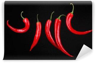 Vinylová Fototapeta Red hot chili peppers izolovaných na černém pozadí