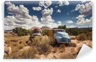 Vinylová Fototapeta Rusty auta v opuštěném městečku podél Route 66