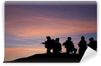 Vinylová Fototapeta Silueta moderních vojáků na Blízkém východě siluetu