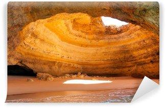 Vinylová Fototapeta Slavná jeskyně na Benagil pláže v Algarve v Portugalsku