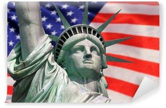 Vinylová Fototapeta Socha Svobody na ostrově v New Yorku s vlajkou USA