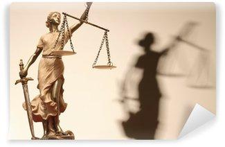 Fototapeta Winylowa Sprawiedliwość jest ślepa (... a może nie)