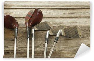 Vinylová Fototapeta Staré golfové hole na nerovném povrchu dřeva