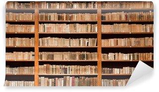 Vinylová Fototapeta Staré knihy ve staré knihovně