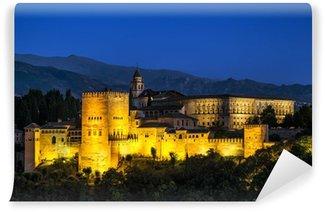 Vinylová Fototapeta Starověká arabská pevnost Alhambra v noci. Granada, Španělsko.