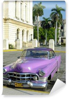 Fototapeta Vinylowa Stary samochód przed Capitol budynku, Old Havana, Kuba
