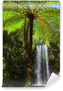 Vinylová Fototapeta Strom kapradí a vodopád v tropických deštných lesů ráj