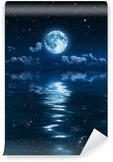 Vinylová Fototapeta Super Měsíc a mraky v noci na moři