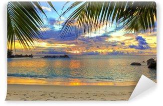 Vinylová Fototapeta Tropická pláž při západu slunce