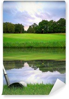 Vinylová Fototapeta Udeří golfový míček přes vodní překážky