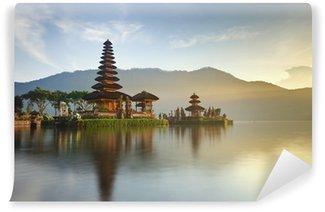 Vinylová Fototapeta Ulundi Danu chrám na jezeře Bratan, Bali, Indonésie