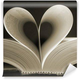 Vinylová Fototapeta Ve tvaru srdce kniha