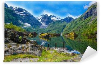 Vinylová Fototapeta Velké jezero Mystical Bondhusvatnet, Norsko