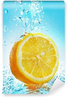 Vinylová Fototapeta Voda stříkající na citronu