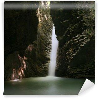 Vinylová Fototapeta Vodopád v jeskyni