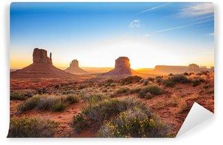 Vinylová Fototapeta Východ slunce v Monument Valley, AZ, USA