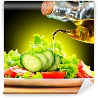 Vinylová Fototapeta Zdravý zeleninový salát s olivovým olejem dresinkem