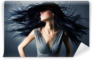 Vinylová Fototapeta Žena s vlající vlasy