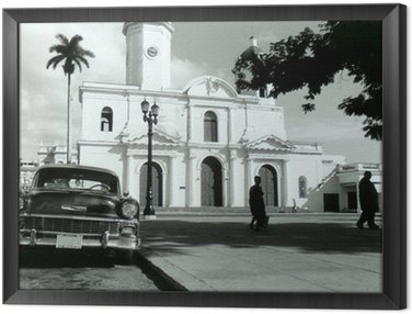 Framed Canvas chevrolet cienfuegos