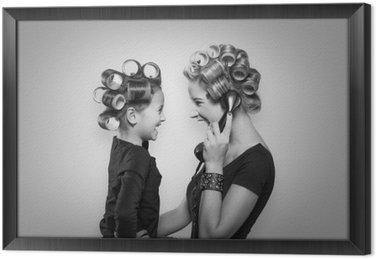 Mutter & Tochter Framed Canvas