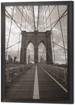 Gerahmtes Leinwandbild Brooklyn-Brücke in New York City. Sepia-Ton.