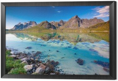 Gerahmtes Leinwandbild Malerische Landschaft von Norwegen Land