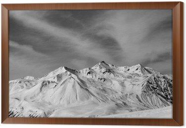 Gerahmtes Leinwandbild Winter Schnee-Berge in windigen Tag