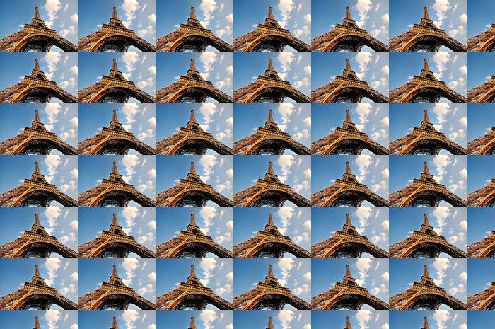 Vinylová Tapeta Široký úhel pohledu Eiffelovy věže - Evropská města