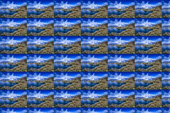 Vinylová Tapeta Krásné ledovcové jezero ve francouzských Alpách v létě - Voda