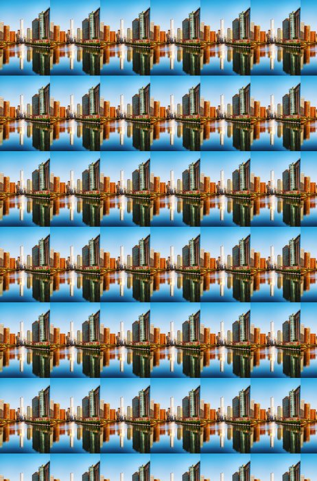 Vinylová Tapeta Trump International Hotel and Tower v Chicagu, IL v dopoledních hodinách - Amerika
