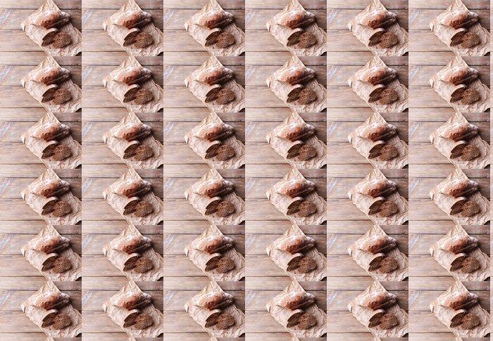 Vinylová Tapeta Čerstvý chléb na dřevěném pozadí - Témata