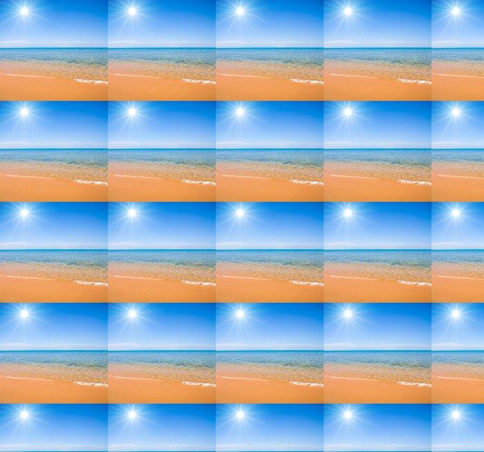 Vinylová Tapeta Letní slunce svítí nad pláží - Voda