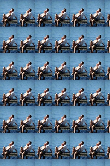 Vinylová Tapeta Pár na dovolené na mostě jezera v létě - Prázdniny