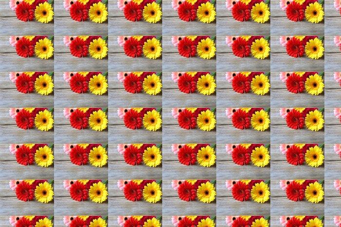 Vinylová Tapeta Květiny na dřevěné pozadí - Květiny