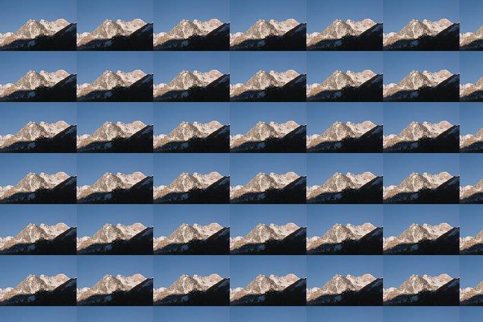 Vinylová Tapeta Zasněžené hory všude kolem Maroon Bells - Amerika