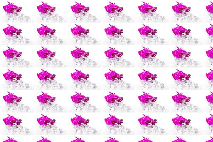 Vinylová Tapeta Růžová orchidej s rosou a reflexe - Květiny