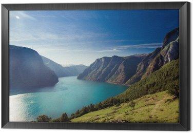 Ingelijst Canvas Naeroyfjord / Aurlandsfjord in Noorwegen