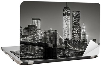 Laptop Sticker New York bij nacht. Brooklyn Bridge, Lower Manhattan - Black een